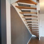 Samonośne schody proste